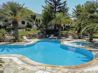 2 bedroom Villa in Agia Fotia Ierapetras, Crete, Greece : ref 5561548