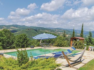 3 bedroom Apartment in Pratovecchio, Tuscany, Italy : ref 5566764