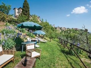 1 bedroom Apartment in Monteoliveto, Tuscany, Italy : ref 5540370