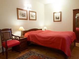 White Oak - Comfort Room for two in Heritage Property