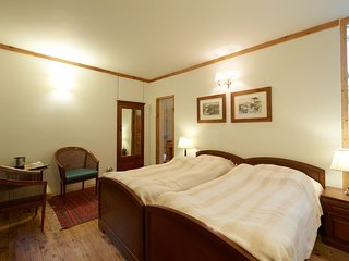 Ivy - Comfort Room for Two in Heritage Cottage
