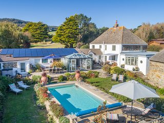 Glenacres - luxury dorset coastal cottage.