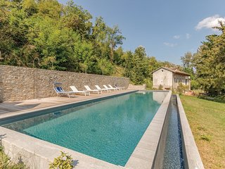 6 bedroom Villa in Casa Berta, Piedmont, Italy - 5673499