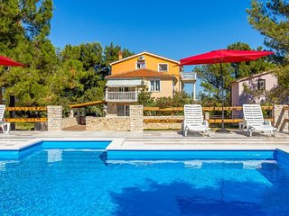 2 bedroom Apartment in Ližnjan, Istria, Croatia : ref 5624018