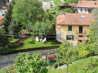 3 bedroom Apartment in Porto Valtravaglia, Lombardy, Italy : ref 5440843