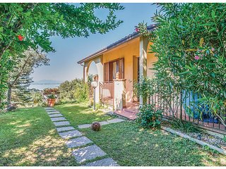 2 bedroom Villa in San Feliciano, Umbria, Italy - 5535558