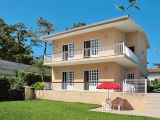 3 bedroom Villa in Ramalhao, Braga, Portugal : ref 5442463