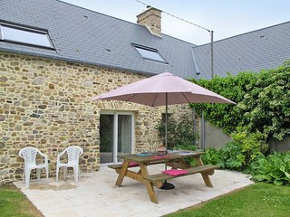 1 bedroom Villa in Créances, Normandy, France : ref 5441940