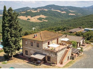 1 bedroom Apartment in Serra, Tuscany, Italy - 5540375