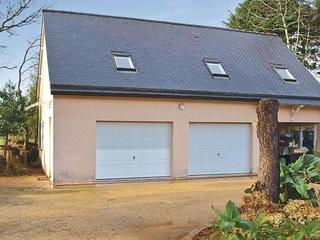 2 bedroom Apartment in Trélévern, Brittany, France : ref 5521985