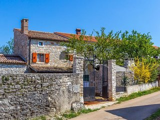 3 bedroom Villa in Hrboki, Istria, Croatia : ref 5577205