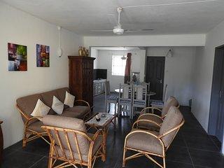 SunStay Beach Apartment