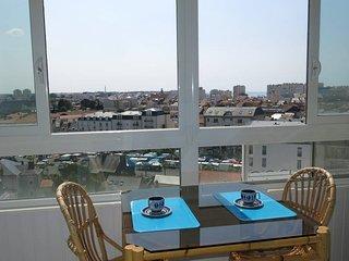2 bedroom Apartment in Les Sables-d'Olonne, Pays de la Loire, France : ref 56068