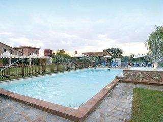 2 bedroom Apartment in Pucciarelli, Umbria, Italy : ref 5541113
