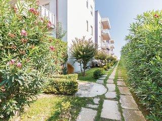 2 bedroom Apartment in Villa Rosa, Abruzzo, Italy : ref 5540803