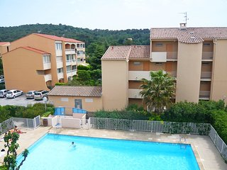 1 bedroom Apartment in Sanary-sur-Mer, Provence-Alpes-Cote d'Azur, France : ref