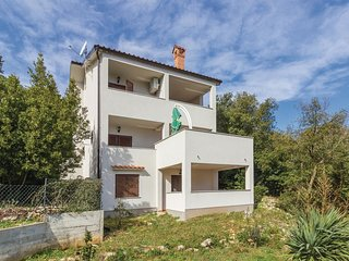 1 bedroom Apartment in Tkon, Zadarska Zupanija, Croatia : ref 5543445