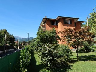 2 bedroom Apartment in Laveno-Mombello, Lombardy, Italy - 5440912