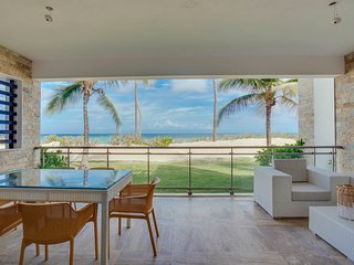 Costa Atlantica A - 102 Ocean Front LUXURY BEACH CONDO