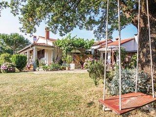 2 bedroom Apartment in Pifari, Istria, Croatia : ref 5564062
