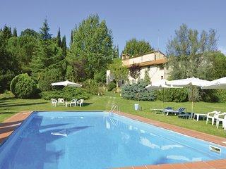 2 bedroom Apartment in Castelluccio, Tuscany, Italy : ref 5540366
