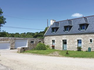3 bedroom Villa in Kerlaeron, Brittany, France : ref 5565473