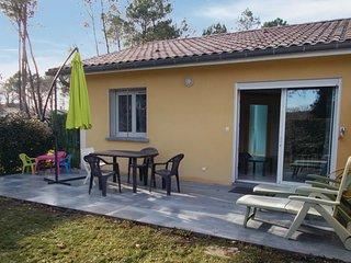 2 bedroom Villa in Soustons, Nouvelle-Aquitaine, France : ref 5565411