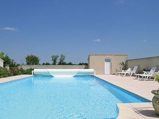 1 bedroom Villa in Saint-Benoist-sur-Mer, Pays de la Loire, France : ref 5565793