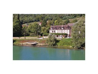 2 bedroom Villa in Jaulgonne, Hauts-de-France, France : ref 5537682