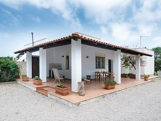 2 bedroom Villa in Cinisi, Sicily, Italy : ref 5535351