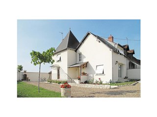 2 bedroom Villa in Seur, Centre, France : ref 5522197