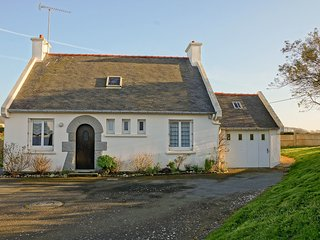 2 bedroom Villa in Pleubian, Brittany, France : ref 5513527