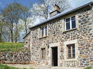 3 bedroom Villa in Brout-Vernet, Auvergne-Rhone-Alpes, France : ref 5637086