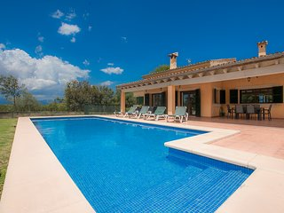 Paradis - villa with private pool and garden for 6 people in Mallorca north