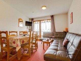 2 bedroom Apartment in Le Cruet, Auvergne-Rhone-Alpes, France - 5674356