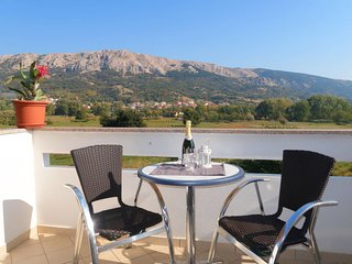 1 bedroom Apartment in Batomalj, Primorsko-Goranska Zupanija, Croatia : ref 5641