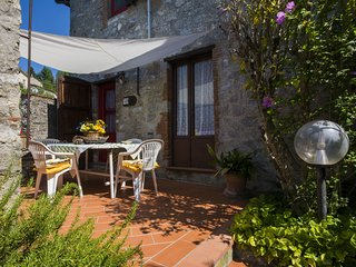2 bedroom Villa in Lucese, Tuscany, Italy - 5553146