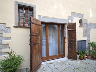 1 bedroom Apartment in Cortona, Tuscany, Italy - 5629947