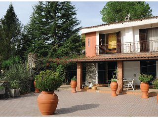 3 bedroom Villa in Calleo, Campania, Italy : ref 5541444
