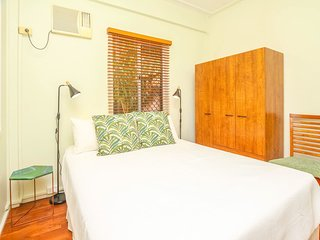 Easy going holiday unit next the Cairns Esplanade