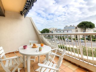 1 bedroom Apartment in Port Camargue, Occitania, France : ref 5050230