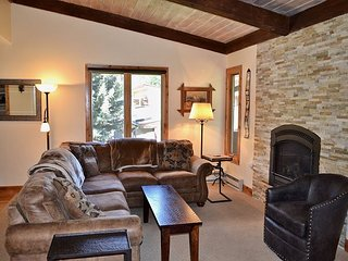 Remodeled 3 Bedroom West Vail Townhome #C1 w/ Carport