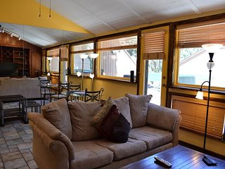 Affordable East Vail Studio #5X on the free Shuttle Route.