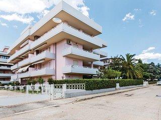 2 bedroom Apartment in Villa Rosa, Abruzzo, Italy : ref 5540806