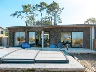 3 bedroom Villa in Le Pointeau, Pays de la Loire, France : ref 5686506