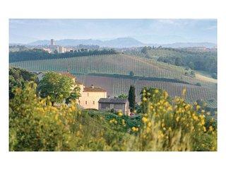 2 bedroom Villa in Piandicampi, Tuscany, Italy : ref 5540200