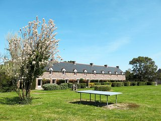 2 bedroom Villa in Le Carquois, Brittany, France : ref 5642160