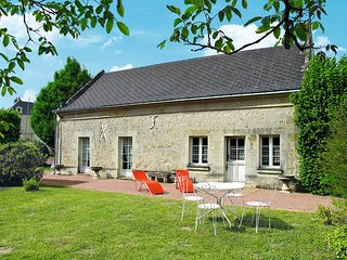 2 bedroom Villa in Restigne, Centre, France : ref 5441015