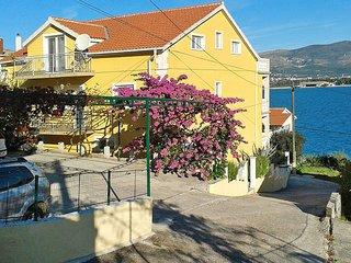 2 bedroom Apartment in Arbanija, Splitsko-Dalmatinska Županija, Croatia : ref 54