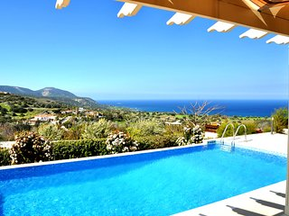 Villa with Private Pool and Spectacular Views of the Akamas and Chrysochou Bay